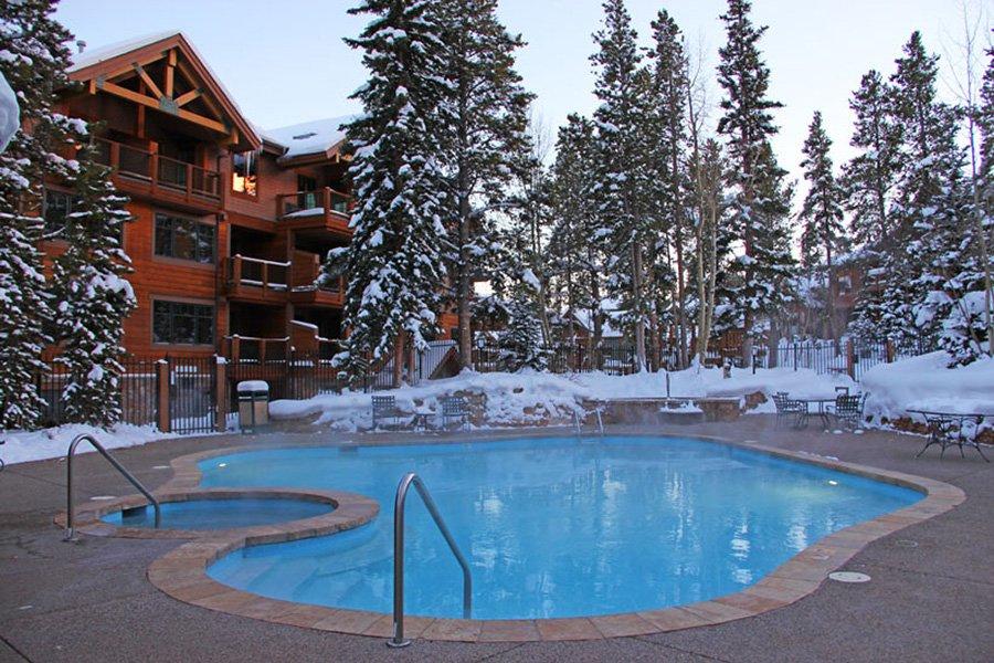 Mountain Thunder: Heated Outdoor Pool