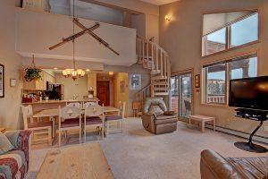 2 Bedroom Plus Loft Ski-in Ski-out Breckenridge