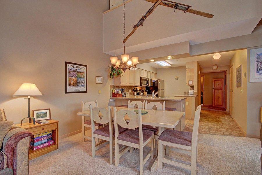 Tyra Stream 339 Condo: Dining/Kitchen Area View