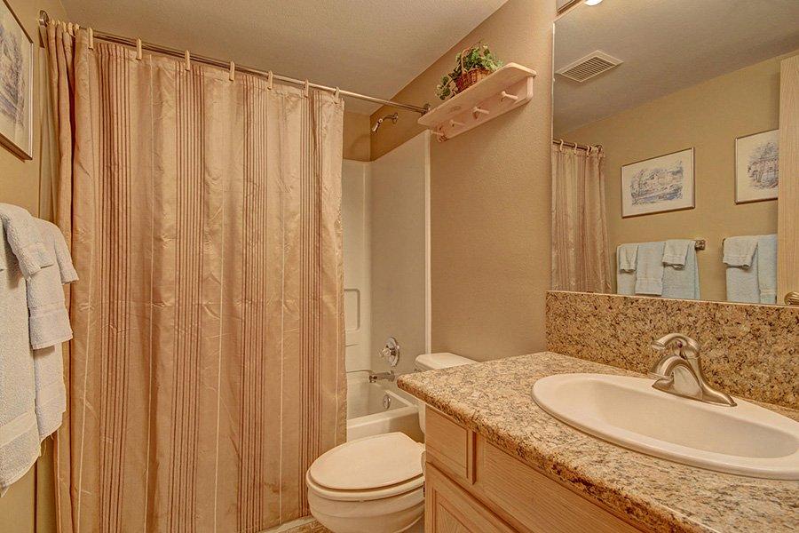 Tyra Stream 339 Condo: Hallway Guest Bathroom