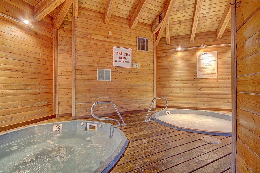 Tyra Stream 339 Condo: Interior Hot Tubs