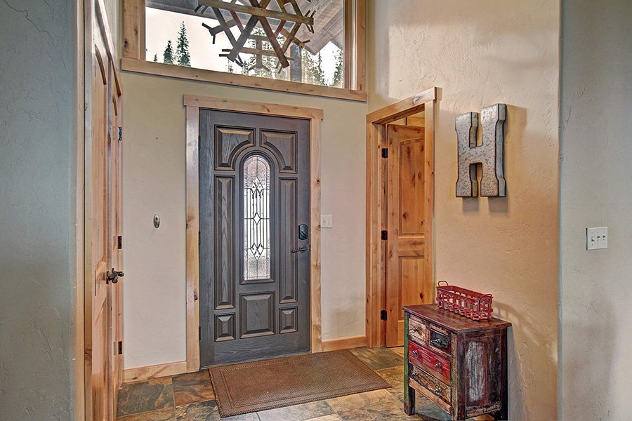 Serenity at Timber Creek: Interior Entryway