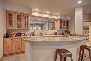 Lower Level Wet Bar Perfect for Entertaining