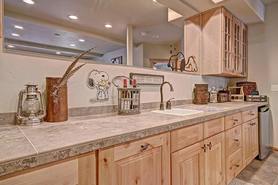 Serenity at Timber Creek: Wet Bar