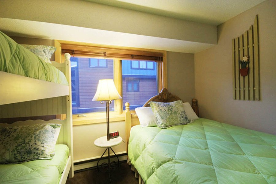 Winterpoint 9 Townhome: Guest Bedroom #2