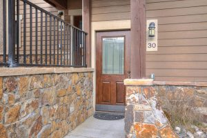 Front Door to Claimjumper #30 Townhome