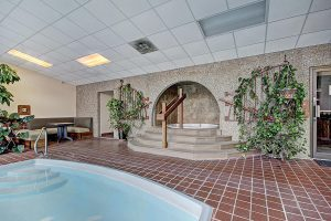 Clubhouse Shared Indoor Hot Tub
