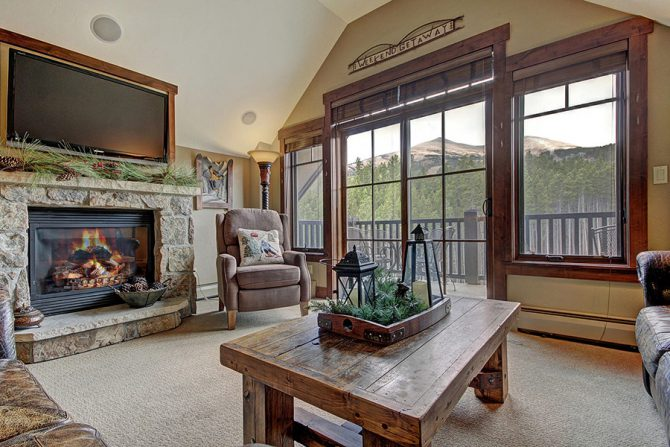 4 Bedroom Condo Ski-in Ski-out Breckenridge