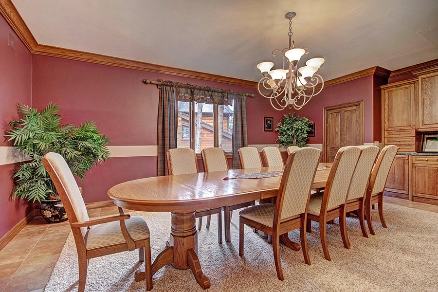 Ski Home Castle: Formal Dining Room