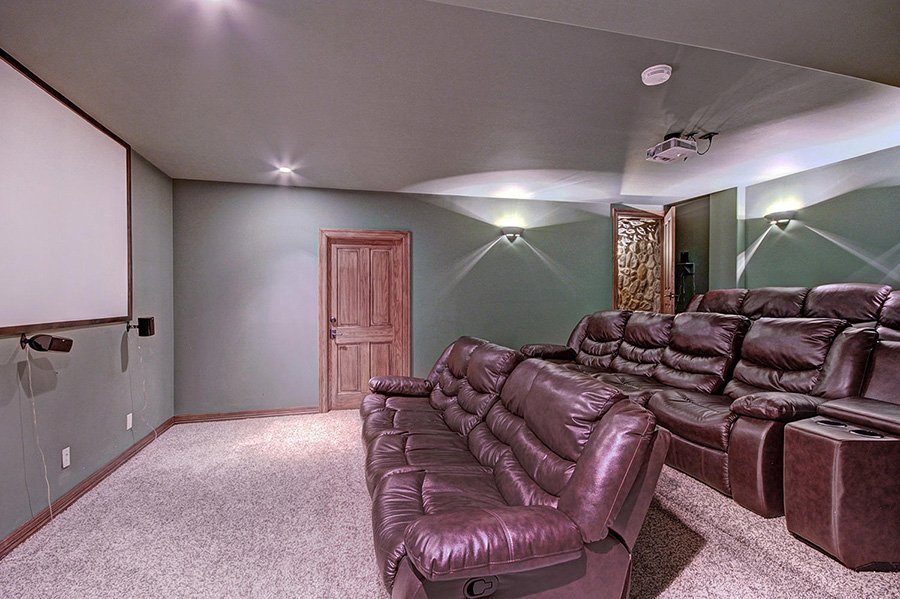 Ski Home Castle: Lower Level Theater Room