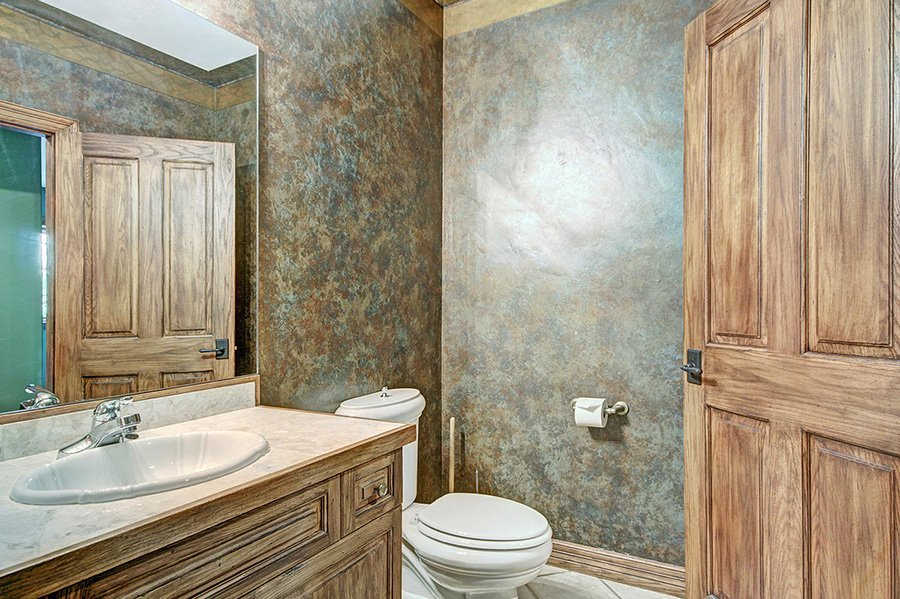 Ski Home Castle: Powder Room