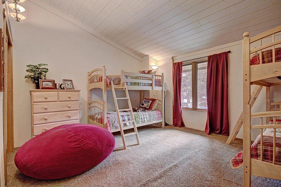 Claimjumper Condo 22: Guest Bedroom #3