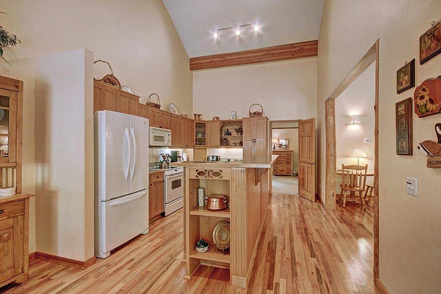 Homestead Retreat: Kitchen