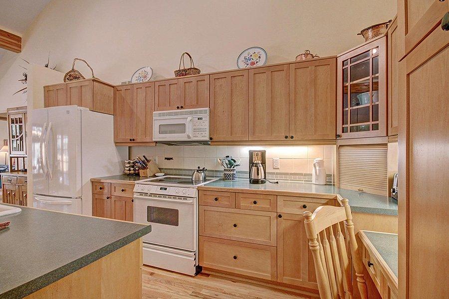 Homestead Retreat: Kitchen Additional View