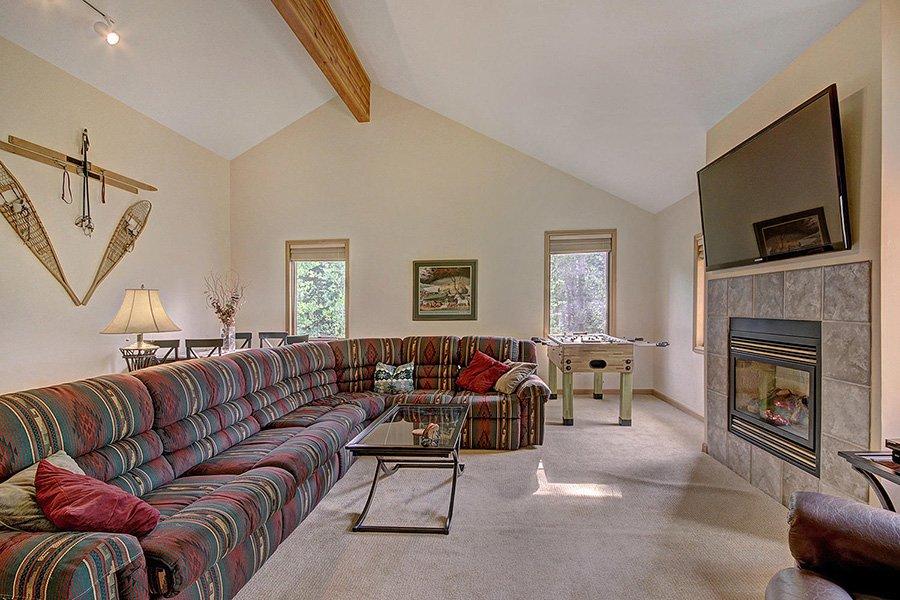 Homestead Retreat: Family/Living Room