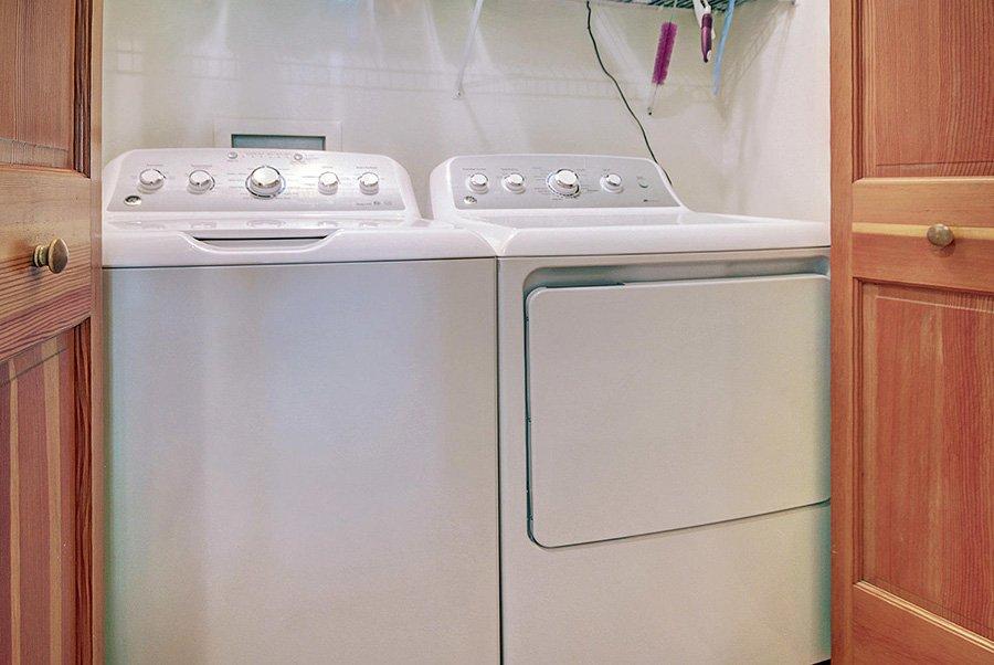 Homestead Retreat: Washer & Dryer