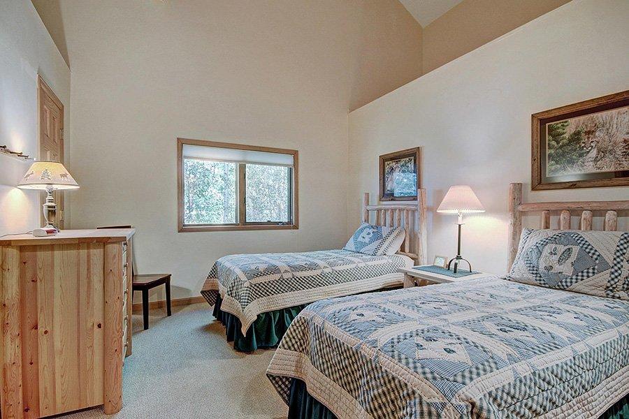 Homestead Retreat: Guest Bedroom #3