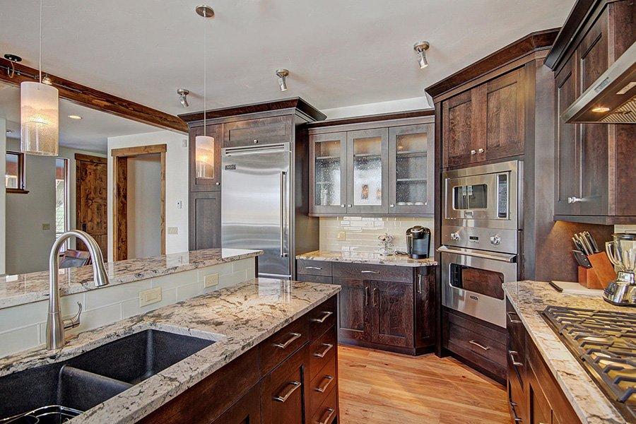 Luxury On Main: Kitchen View