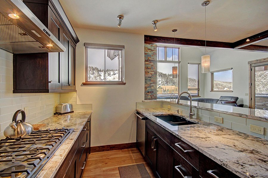 Luxury On Main: Kitchen Additional View